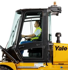 Kabina operatora - Yale GDP80-120DF   EMTOR
